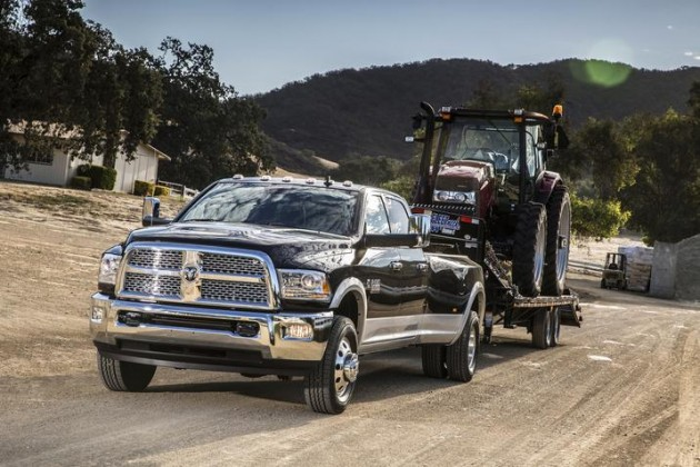 2015 Ram 3500 Heavy Duty Earns The Fast Lane Truck's Gold Hitch Award