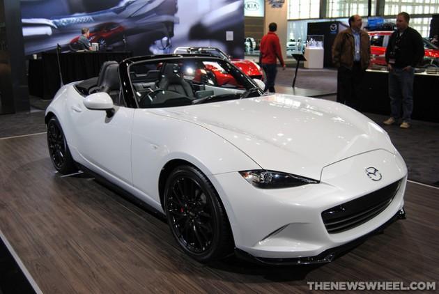 2016-Mazda-MX-5-Miata-Chicago-Auto-Show