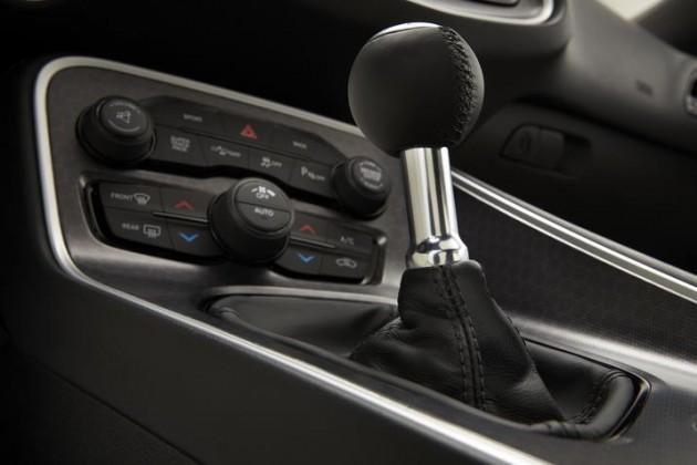 Top 7 Car Myths, Debunked: manual transmission