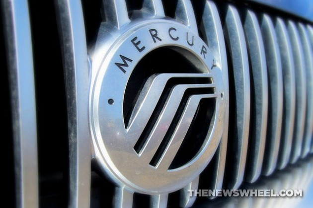 Mercury logo car badge emblem wings silver grille
