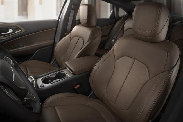 2015 Chrysler 200 Interior Color: Mocha