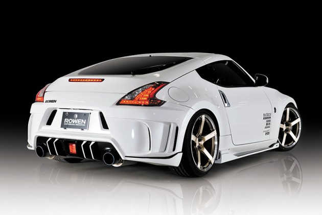 rowen 370z body kit makes every week shark week the news. Black Bedroom Furniture Sets. Home Design Ideas