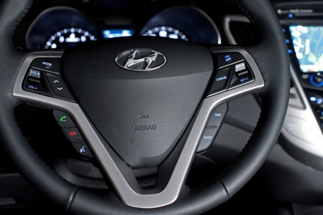 2015 Hyundai Veloster Overview steering wheel