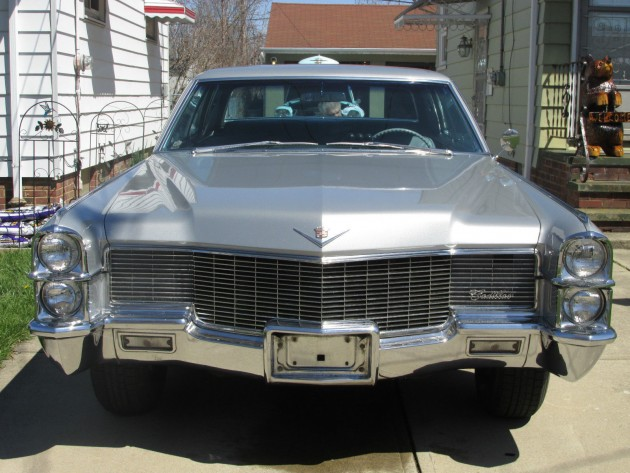 1965 Cadillac Coupe DeVille that looks like the one driven by Mad Men's Don Draper