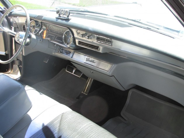 1965 Cadillac Coupe DeVille that looks like the one driven by Mad Men's Don Draper (interior)