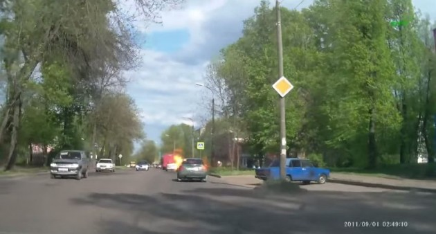 Russian car fire caught on dash cam