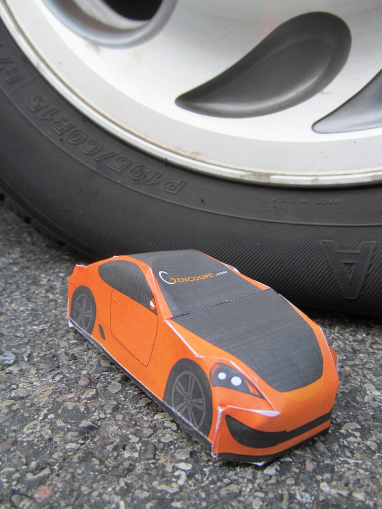 make your own hyundai genesis coupe papercraft car