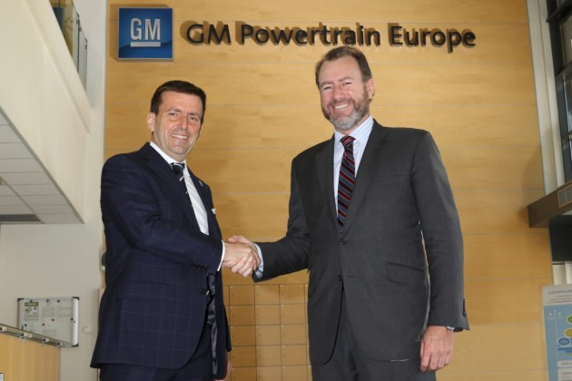 GMPT-E Managing Director Pierpaolo Antonioli and GM President Dan Ammann shake hands at  GM Powertrain Europe Turin
