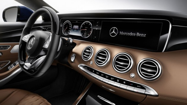 The  S-Class interior certainly isn't lacking in the style department.