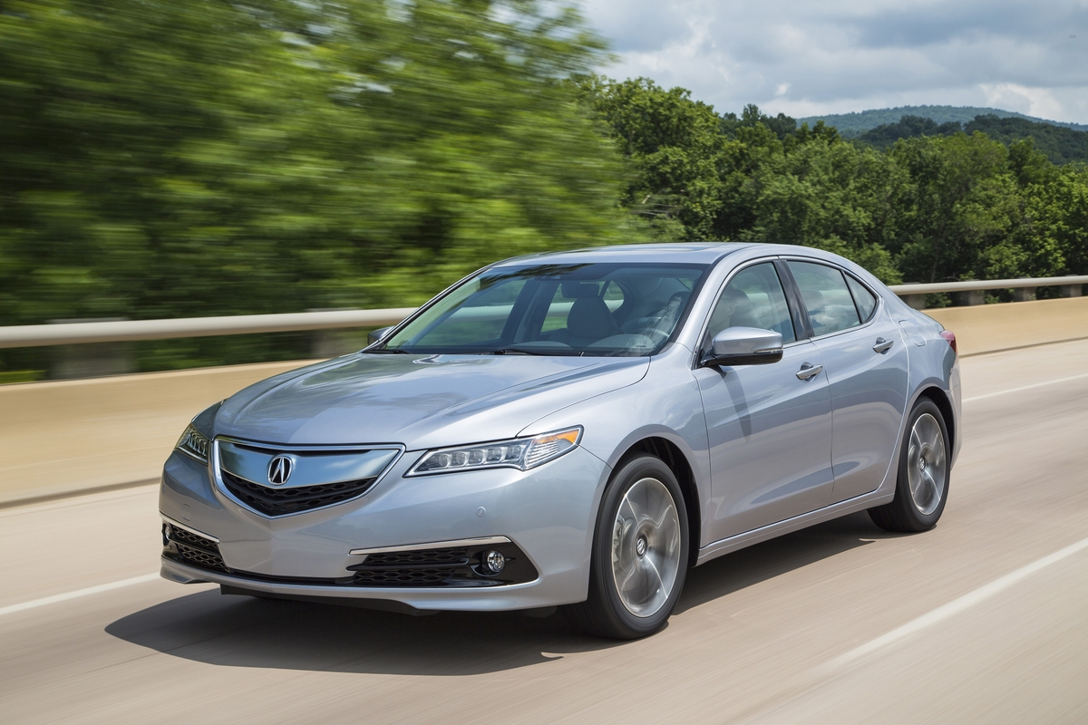 The hot-selling 2016 Acura TLX