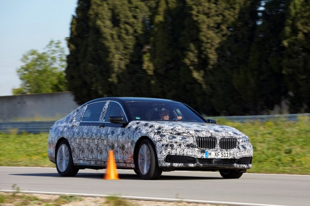 2016 BMW 7 Series spy shots camo