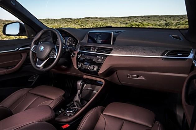 2016 BMW X1 photos interior dashboard