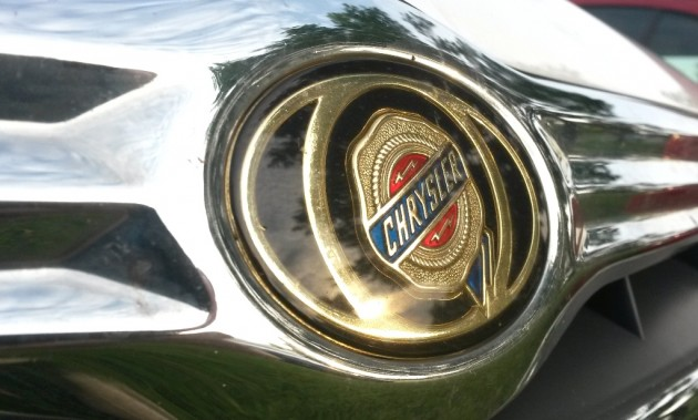 Chrysler Emblem logo badge ribbon seal