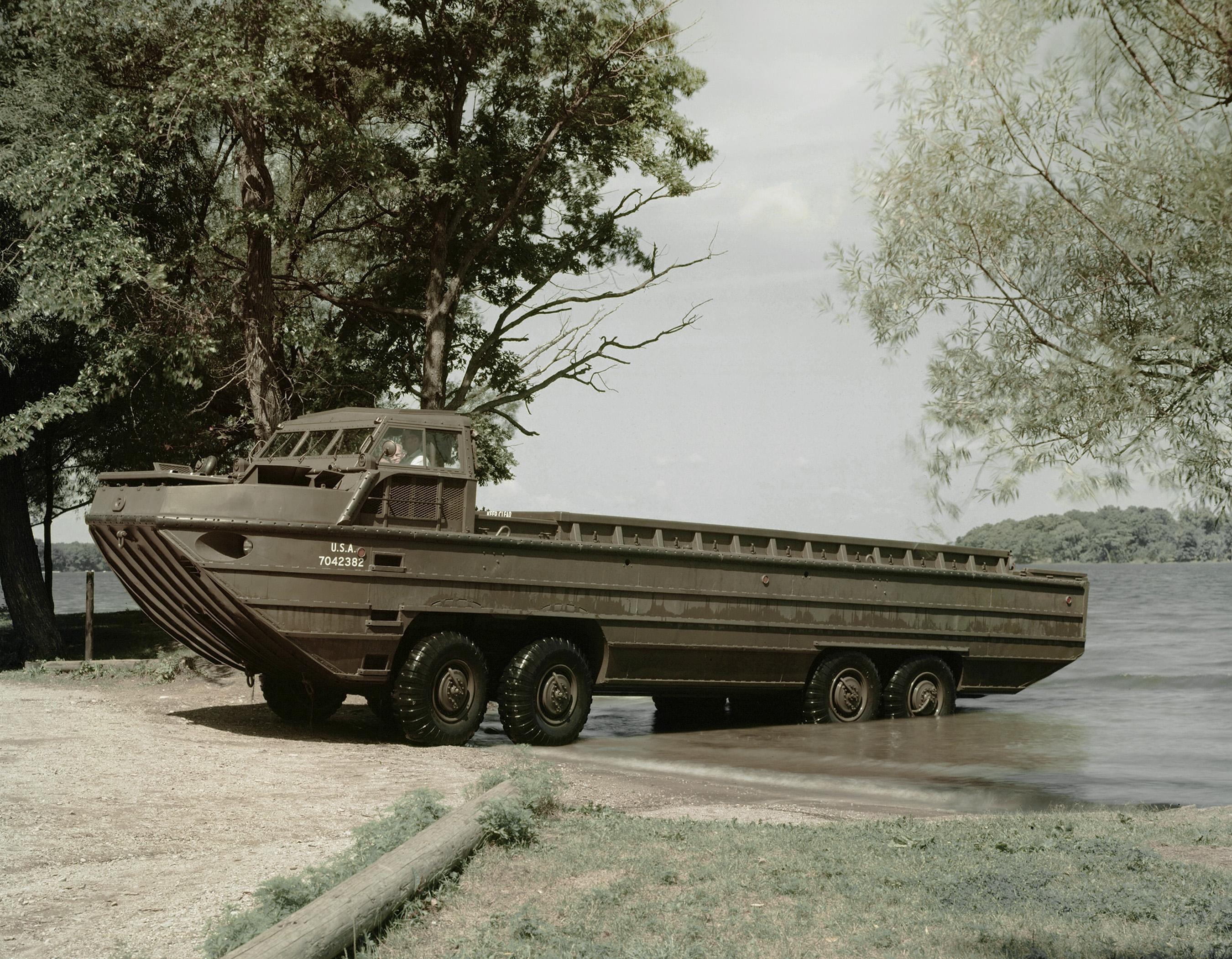 Dukw Amphibious Vehicle Related Keywords Dukw Amphibious