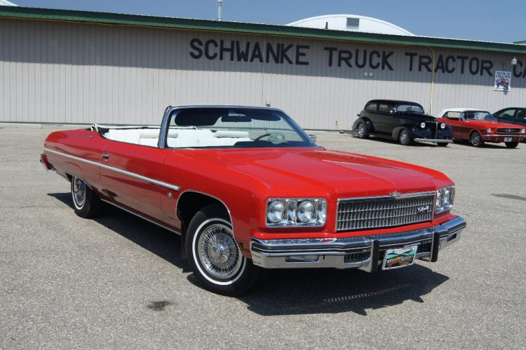 1975 Chevrolet Caprice Classic convertible Photo: Greg Gjerdingen