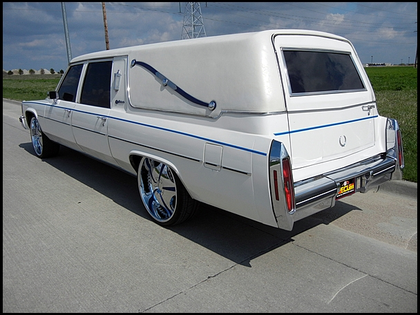 1984 Cadillac Fleetwood Hearse Back