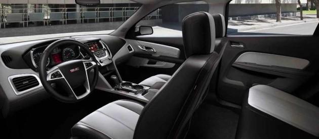 2016 GMC Terrain front seats