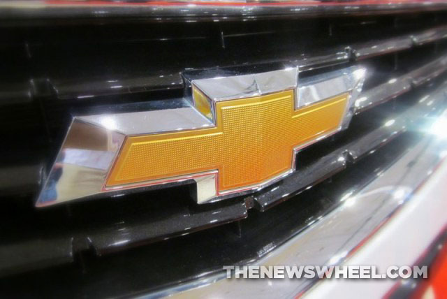Chevy-Chevrolet-logo-badge-emblem-bowtie
