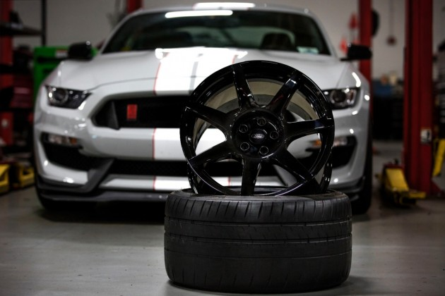 The Ford Shelby GT350R will be the first mass-produced vehicle to come standard with carbon fiber wheels