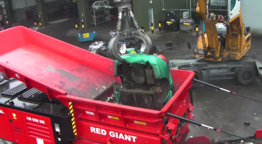 Hammel Red Giant car shredder