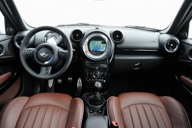 2016 Mini Paceman Interior