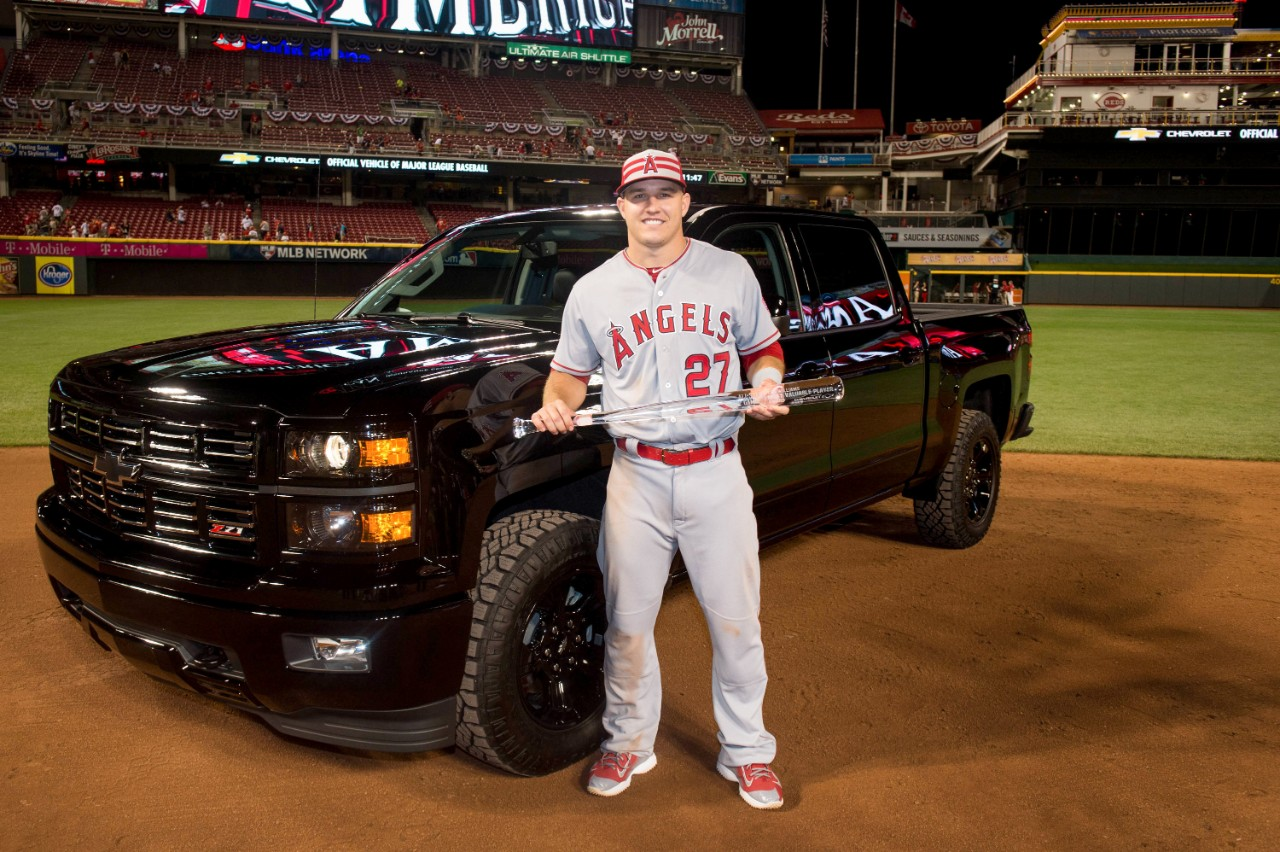 Mike Trout and the 2015 Chevy Silverado Midnight Edition