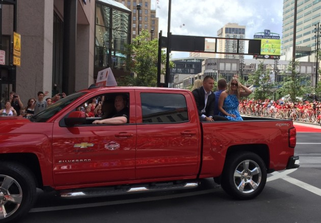 Mike Trout and his girlfriend Jessica Cox ride through downtown Cincinnati in Chevy's All-Star Red Carpet Parade