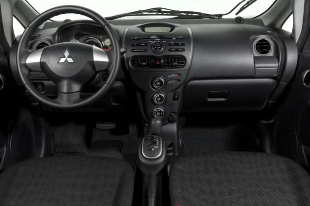 Mitsubishi i-MiEV dash