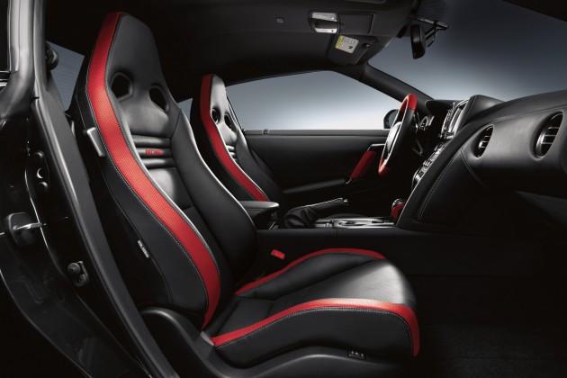 2016 Nissan GT-R Interior