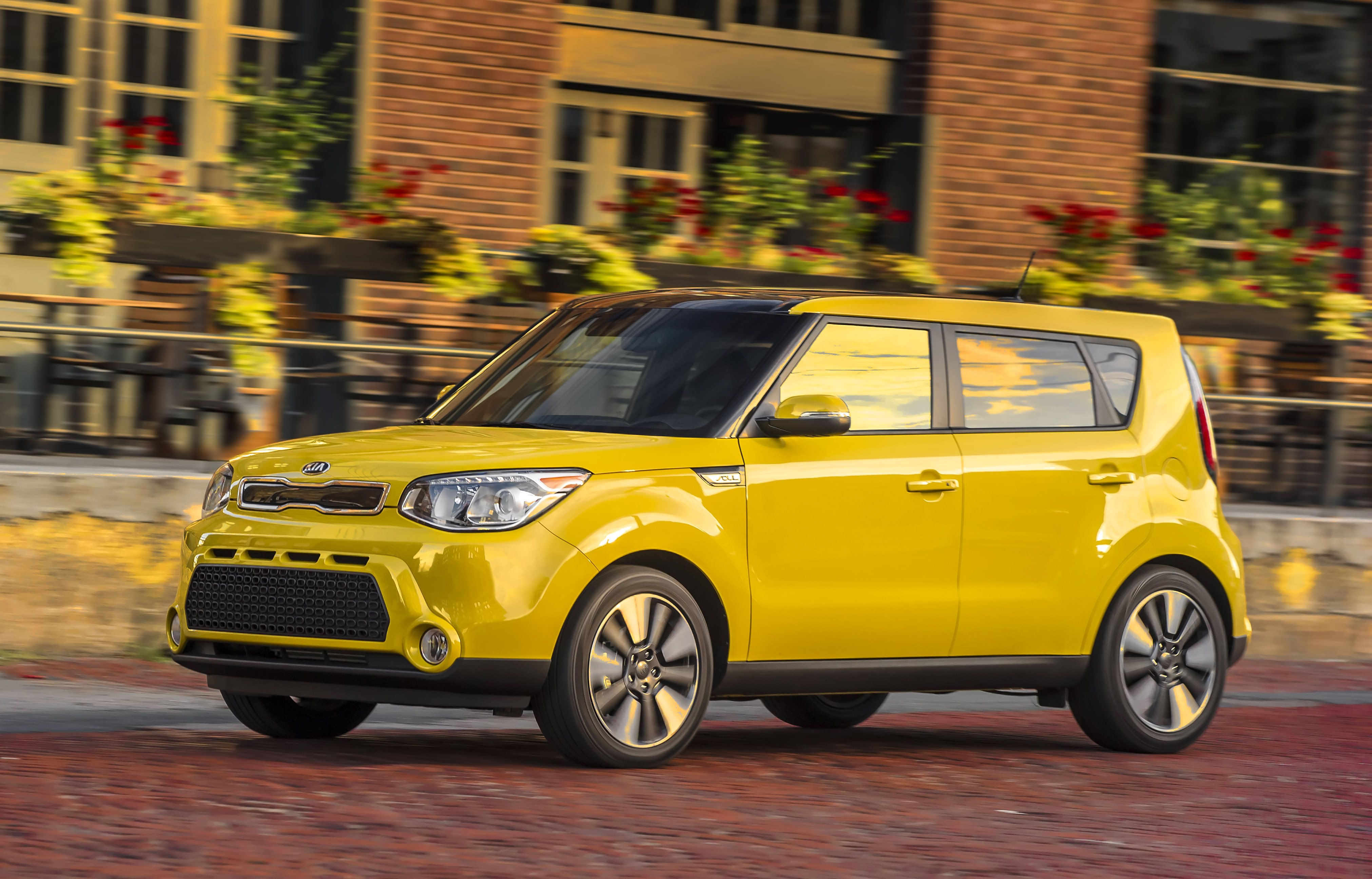 kia adds more features to 2016 kia soul lineup the news wheel. Black Bedroom Furniture Sets. Home Design Ideas