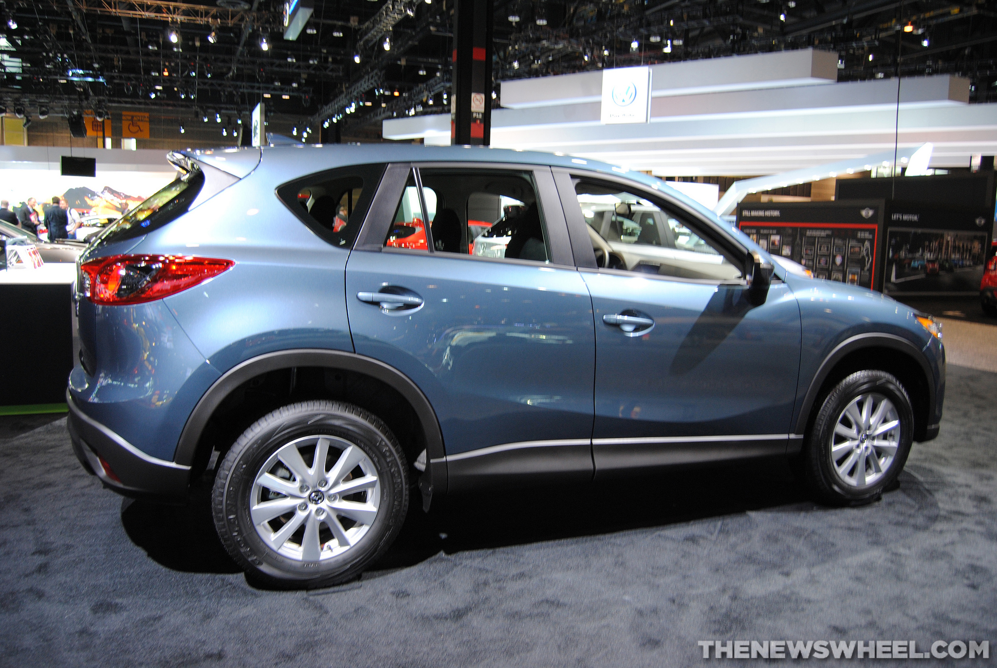 2016 mazda cx 5 right side the news wheel. Black Bedroom Furniture Sets. Home Design Ideas