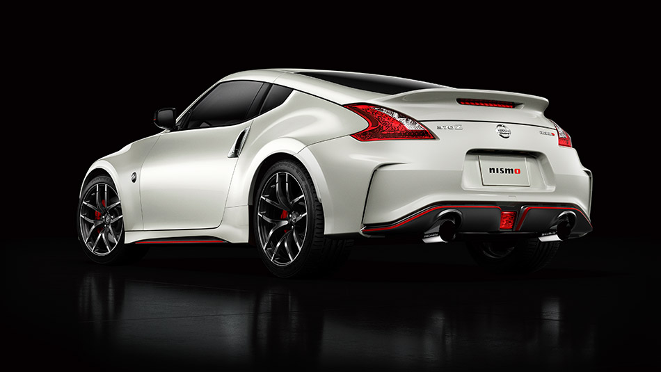 2016 Nissan 370Z Nismo Pearl White Red Detailing Rear View Large | The News  Wheel