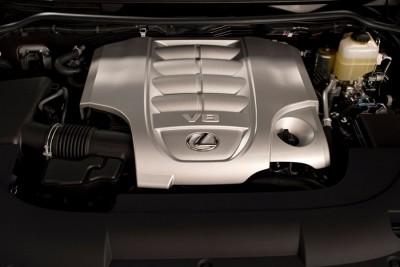 2016 Lexus LX 570 Engine