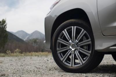 2016 Lexus LX 570