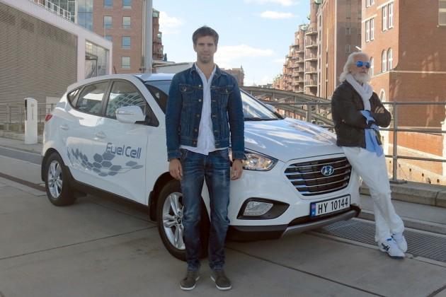 Hyundai ix35 Fuel Cell travels record-breaking European Trip