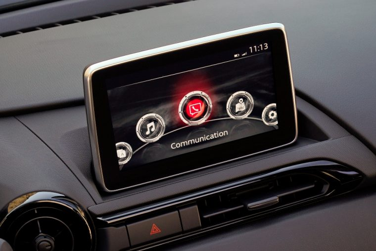 2016 Mazda MX-5 touchscreen