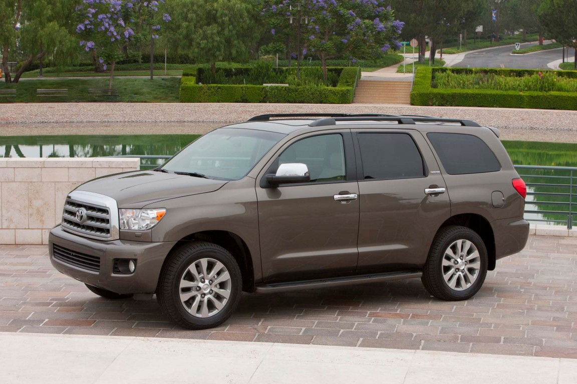 2016 toyota sequoia 31 the news wheel. Black Bedroom Furniture Sets. Home Design Ideas