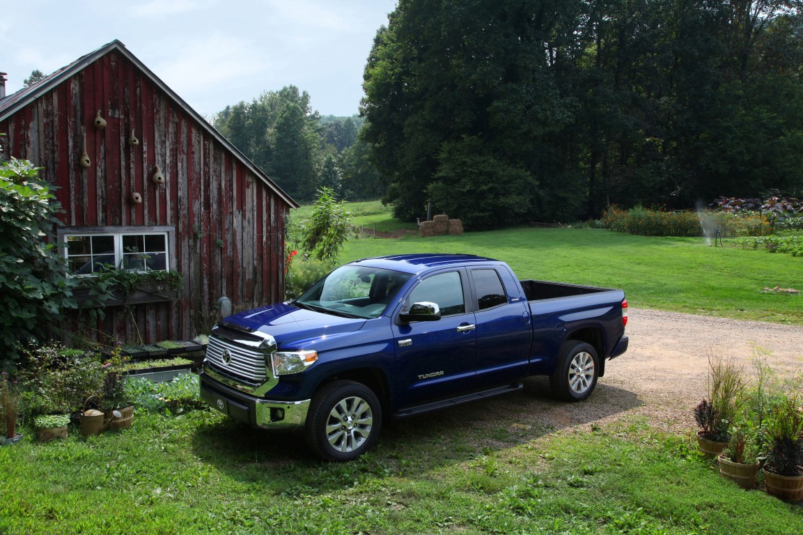 2016 Toyota Tundra Overview | The News Wheel