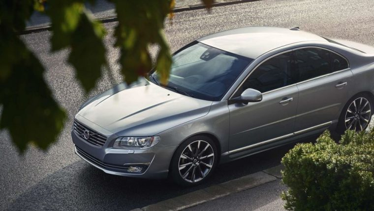 The 2016 Volvo S80 comes standard with 18-inch alloy wheels