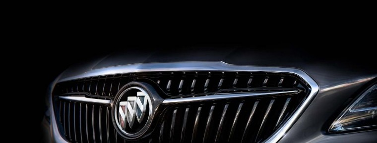 The grille of the new 2017 Buick LaCrosse is reminding a lot of people of the  Avenir concept