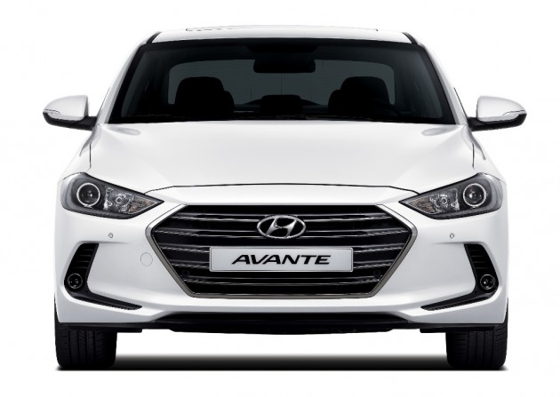 2017 Hyundai Elantra compact sedan design reveal grille