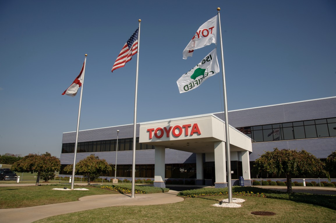 Toyota Alabama Builds 4 Millionth Engine The News Wheel
