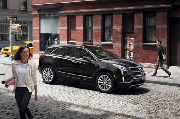 2017 Cadillac XT5 revealed