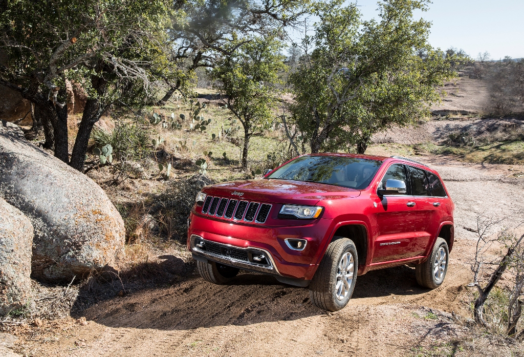 2015 Jeep Grand Cherokee Named Top