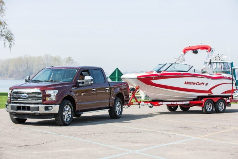 A 5.0-liter V8 engine is available with the 2016 Ford F-150
