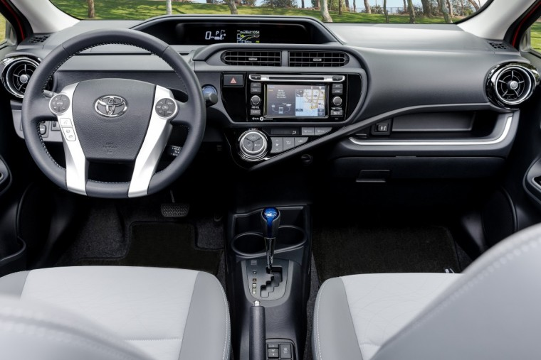 2016 toyota prius c overview the news wheel. Black Bedroom Furniture Sets. Home Design Ideas