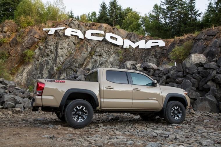 2016 Toyota Tacoma exterior