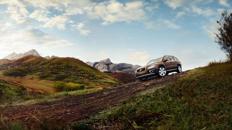 The 2016 Volvo XC70 is available is AWD