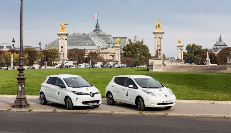 Nissan LEAF and Renault ZOE in front of le Grand Palais in Paris