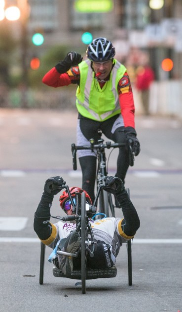 Tom Davis wins Detroit Free Press/Talmer Bank handcyclist marathon